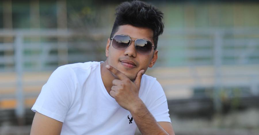 कमेडी च्याम्पियन विजेता हिमेश पन्तलाई १० प्रश्न #Video